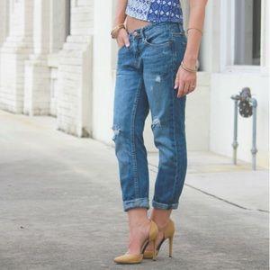 AEO distressed, cropped boyfriend jeans!